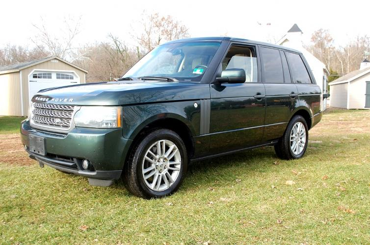 2010 Green /Tan leather Land Rover Range Rover (SALME1D43AA) with an 5.0L V8 engine, 6-Speed Automatic transmission, located at 6528 Lower York Road, New Hope, PA, 18938, (215) 862-9555, 40.358707, -74.977882 - Photo #0