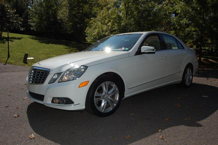 2010 /Tan Leather Mercedes-Benz E-Class E350 Sedan 4MATIC (WDDHF8HB4AA) with an 3.5L V6 DOHC 24V engine, 7-Speed Automatic transmission, located at 6528 Lower York Road, New Hope, PA, 18938, (215) 862-9555, 40.358707, -74.977882 - Photo #0