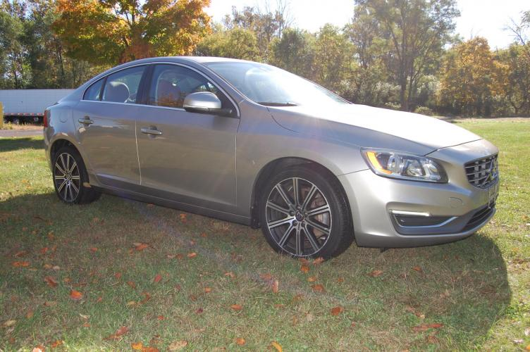 2014 /Brown Leather Volvo S60 T5 (YV1612FS5E1) with an 2.5L L5 DOHC 20V TURBO engine, 6-Speed Automatic transmission, located at 6528 Lower York Road, New Hope, PA, 18938, (215) 862-9555, 40.358707, -74.977882 - Photo #0