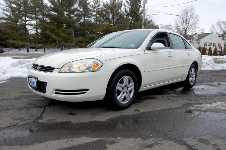 2008 /Grey Cloth Chevrolet Impala LS (2G1WB58K789) with an 3.5L V6 OHV 16V FFV engine, 4-Speed Automatic Overdrive transmission, located at 6528 Lower York Road, New Hope, PA, 18938, (215) 862-9555, 40.358707, -74.977882 - Photo #0
